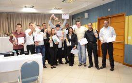 Escola de Hotelaria: alunos colocam em prática seus conhecimentos e organizam concurso de Bartender