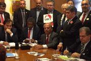 BRASÍLIA: presidente Calasans representa trabalhadores da categoria em reunião das Centrais com presidente da Câmara dos Deputados