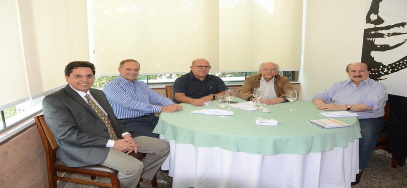 Representantes de trabalhadores e de empresários fortalecem o diálogo sobre os interesses dos segmentos de Hotéis e de Bares e Restaurantes