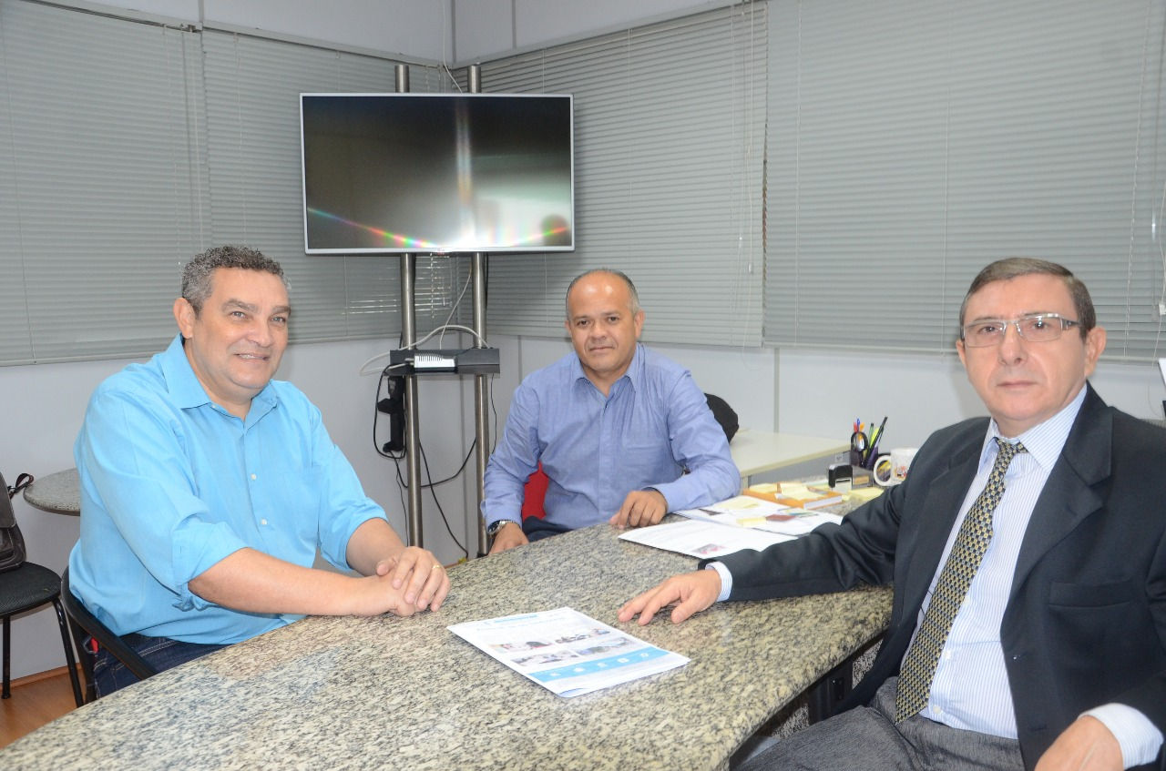 Valdir Roque, coordenador da Macro Região de Osasco do PT, visita o Sinthoresp