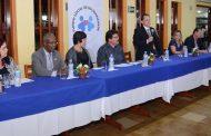 Escola de Hotelaria: Turma de cursos intensivos em Caraguatatuba recebem diploma